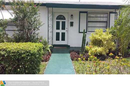 613 NW 5th Ct - Photo 1