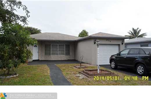 870 SW 49th Ter - Photo 1
