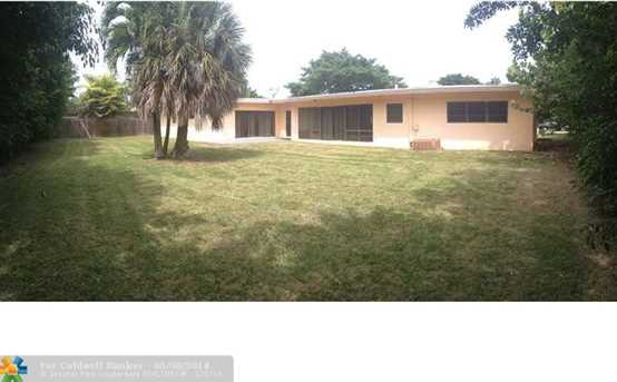 1535 Seabreeze Blvd - Photo 1