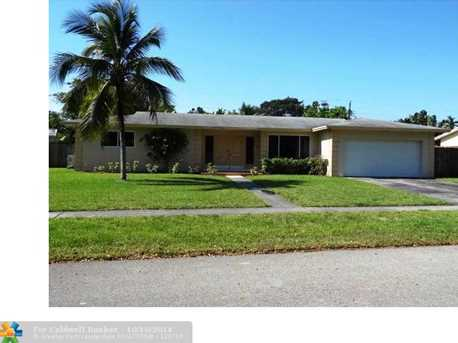 6640 SW 11th St - Photo 1