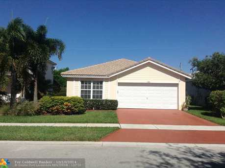 7570 NW 70th Ave - Photo 1