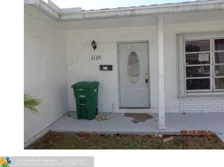 6109 NW 73rd Ter - Photo 1