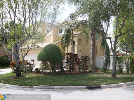 11405 NW 48th Ct - Photo 1