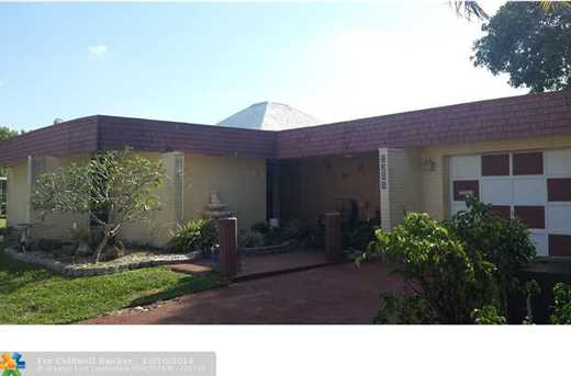 5203 Avocado Dr - Photo 1