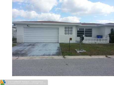7255 NW 7th St - Photo 1