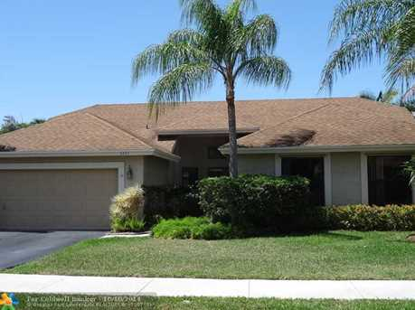 5243 NW 51st Ct - Photo 1