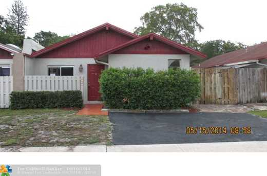 5434 SW 44th Ave - Photo 1