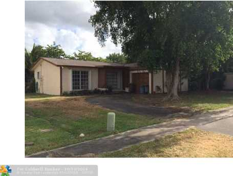 12390 NW 30 St - Photo 1