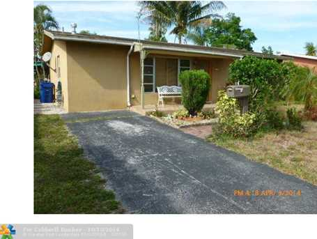 6441 NW 30th St - Photo 1