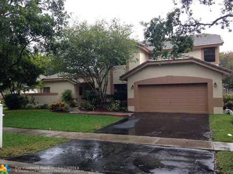 11020 NW 18th Ct - Photo 1