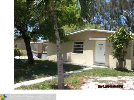1901 NW 16th Ct - Photo 1