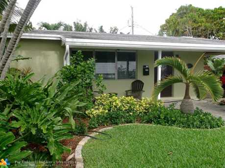 1425 SW 1st Ave - Photo 1