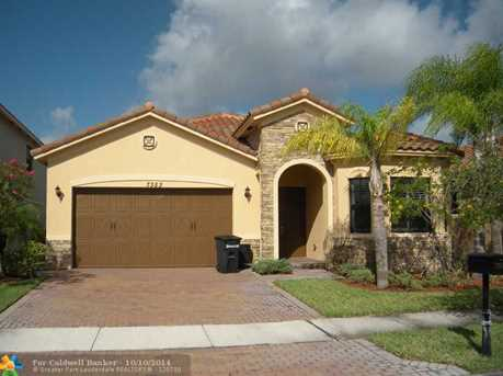 7353 NW 113th Ave - Photo 1