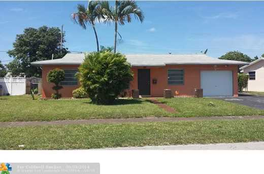 2723 NW 35th Ter - Photo 1