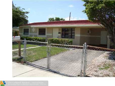 3282 NW 13th St - Photo 1