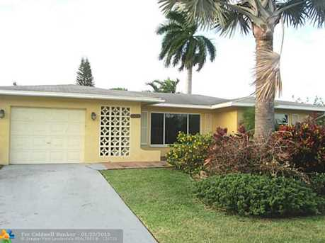 5001 NW 50th St - Photo 1