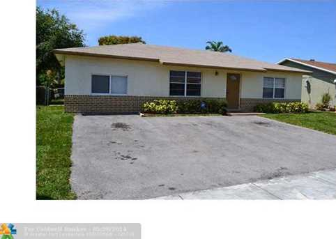 951 SW 82nd Ter - Photo 1