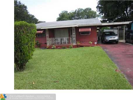 3140 NW 165th St - Photo 1