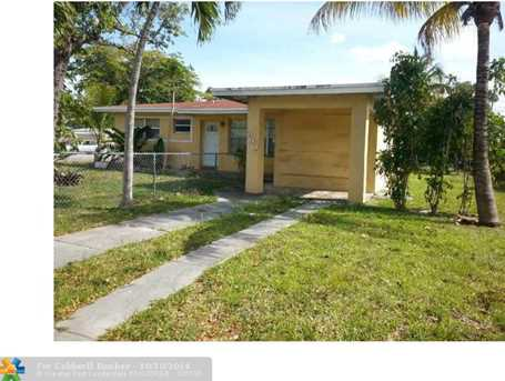 200 NW 125 St - Photo 1