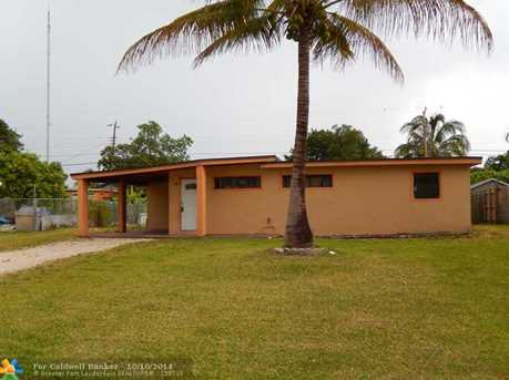 3719 SW 58th Ter - Photo 1