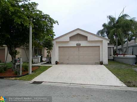 3460 NW 21st St - Photo 1