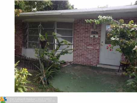 4640 NW 41st Pl - Photo 1