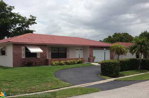 12279 NW 32nd Ct - Photo 1