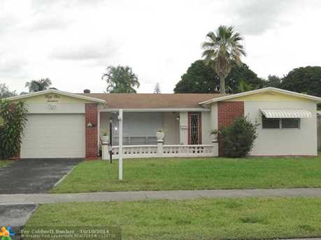 5116 SW 94th Ave - Photo 1