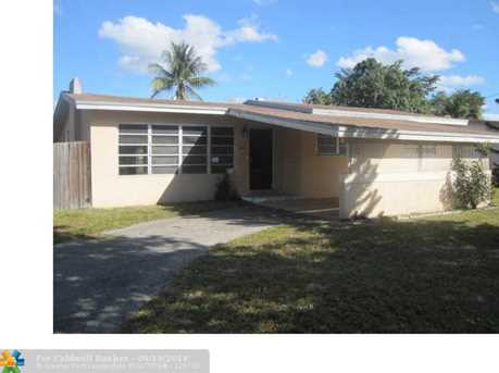 960 SW 49th Ter - Photo 1