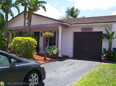 10960 NW 21st St - Photo 1