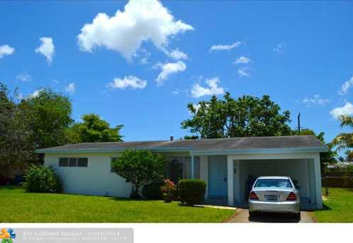 1970 SW 37th Ave - Photo 1