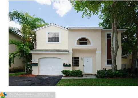 9966 NW 9th Ct - Photo 1