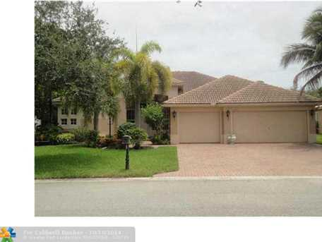 6662 NW 108th Ter - Photo 1