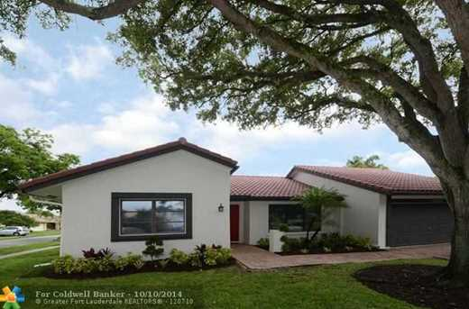 10400 NW 6th St - Photo 1