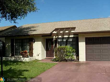 1703 SW 19th Ave - Photo 1