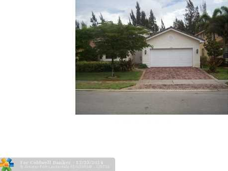 17363 SW 47th Ct - Photo 1