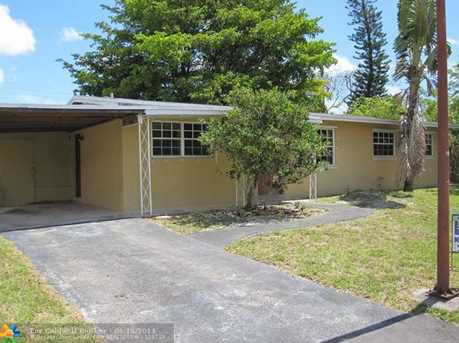 1111 NW 42nd Ct - Photo 1