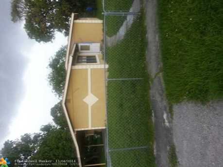 1319 NW 15th St - Photo 1