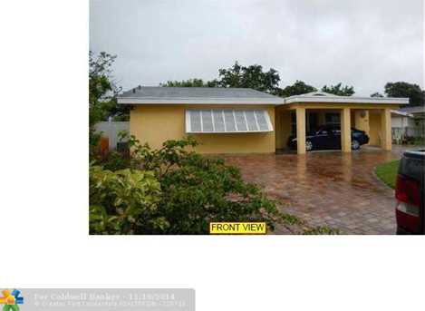 474 NW 49th Ave - Photo 1