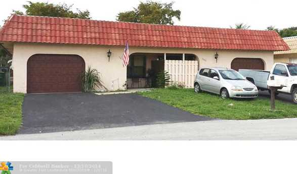 7830 NW 70th Ct - Photo 1