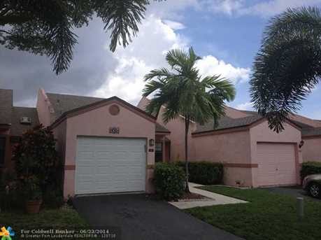 1061 NW 50th Dr, Unit # 1061 - Photo 1
