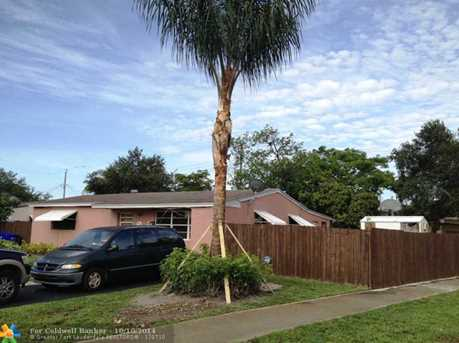 1230 NW 71st Ter - Photo 1