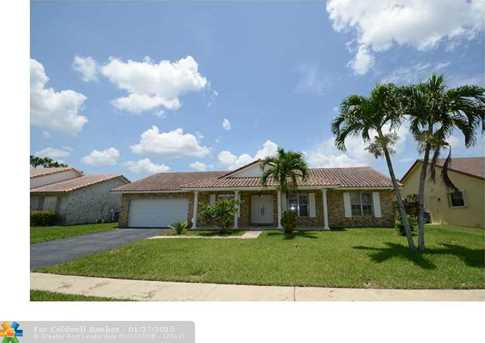 13519 NW 10th St - Photo 1