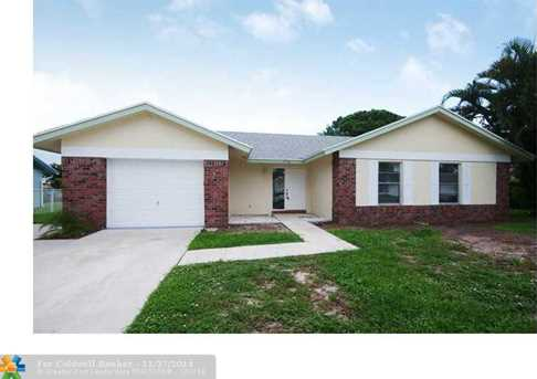 974 NW 11th St - Photo 1