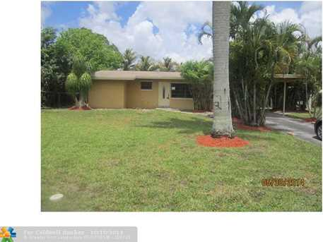 1217 SW 30th Ave - Photo 1