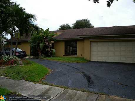 1941 SW 73rd Ave - Photo 1