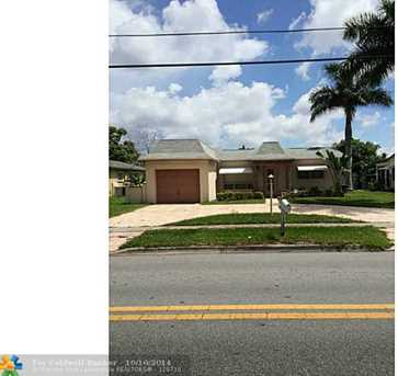 5400 SW 11th St - Photo 1