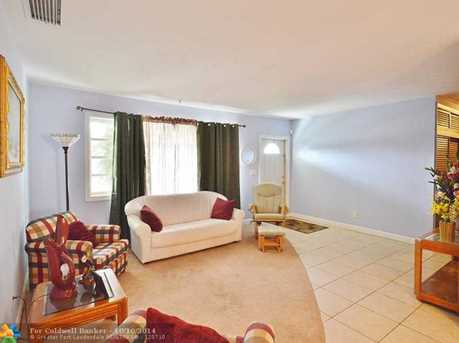 800 NW 78th Ave - Photo 1