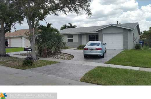 11720 NW 40th Pl - Photo 1