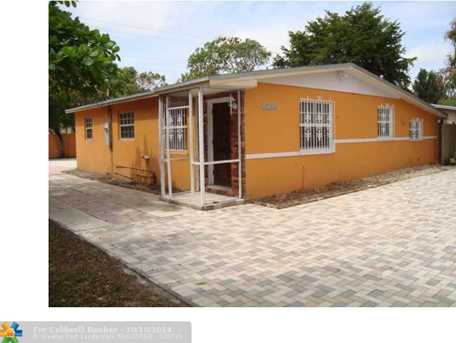 17154 NW 24th Pl - Photo 1